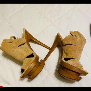 Jessica Simpson stiletto soft suede 7.5